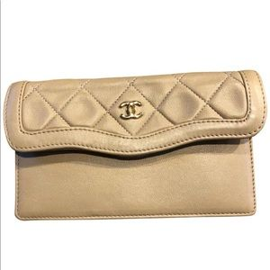 Chanel evening wallet